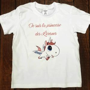 """T-shirt Enfant """"Je suis la princesse des Licornes"""""""