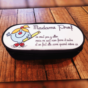 "Trousse ""Madame Prof"""