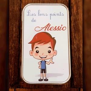 """Boite """"Les bons points de Alessio"""""""