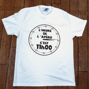 """T-shirt """"L'heure de l'apéro c'est 11h00"""""""